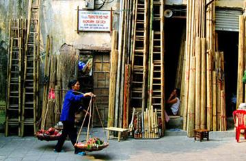 20100504-pho-co-ha-noi-ung-xu-the-nao-cho-phai-bai-1-gia-tri-va-doi-dien-thuc-te-
